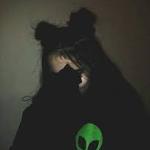 Aisha. [offline]